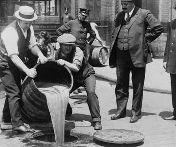 4 Lecciones La Prohibición del Alcohol Debería Enseñarnos Sobre el Cannabis