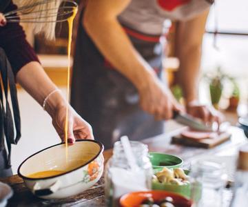 Evite estos 7 errores comunes al cocinar alimentos de cannabis
