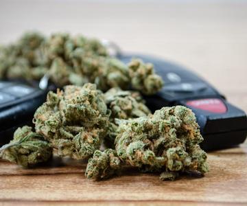 Guía Estado por Estado de las Leyes de DUI por Cannabis